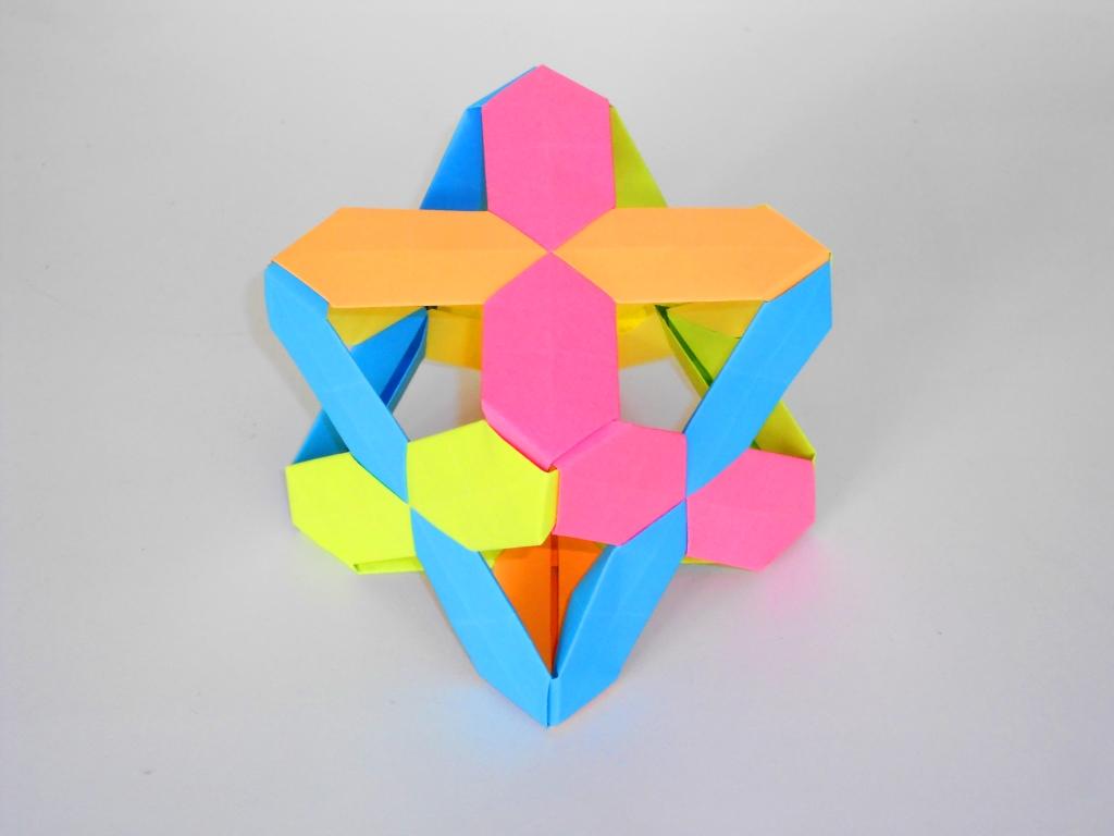 Куб из бумаги. Модульный оригами куб