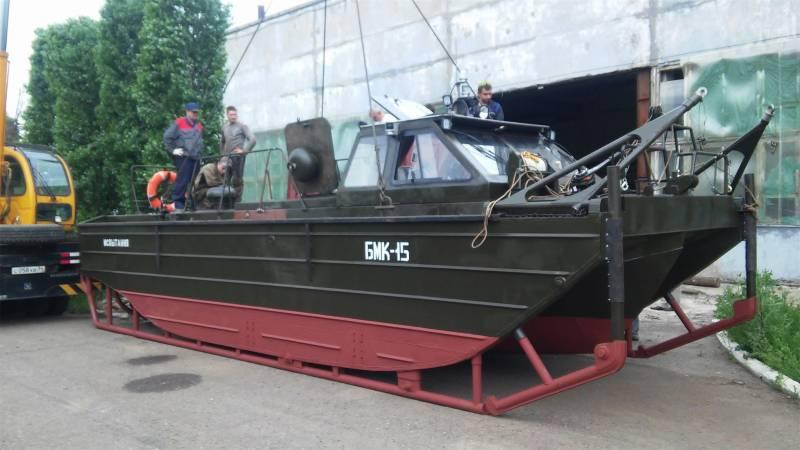 Волжские судостроители приступили к испытаниям буксирно-моторного катера для инженерных войск