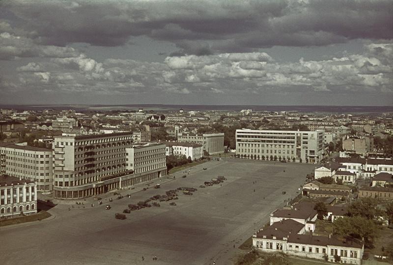 Оккупированный Харьков, площадь Свободы.