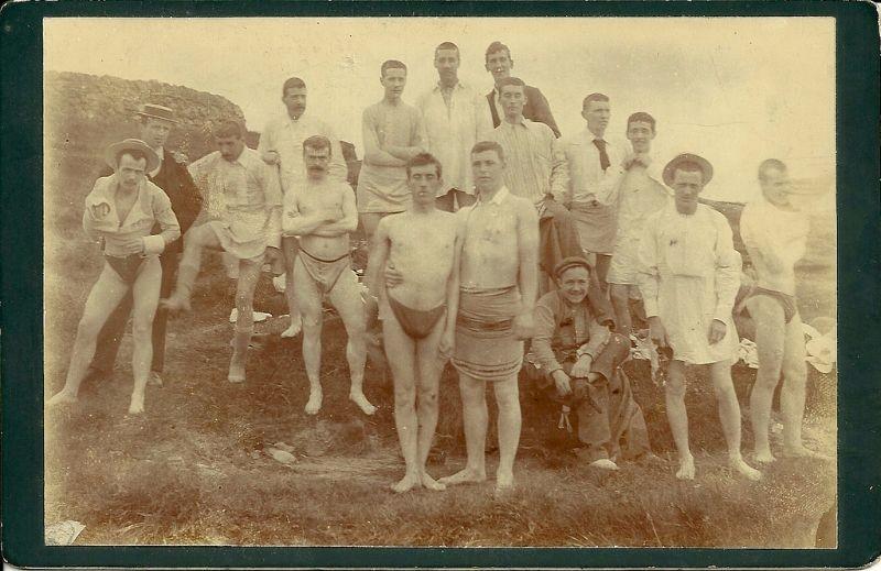 Мужские купальники начала 20-го века: один из самых ужасных костюмов всех времен