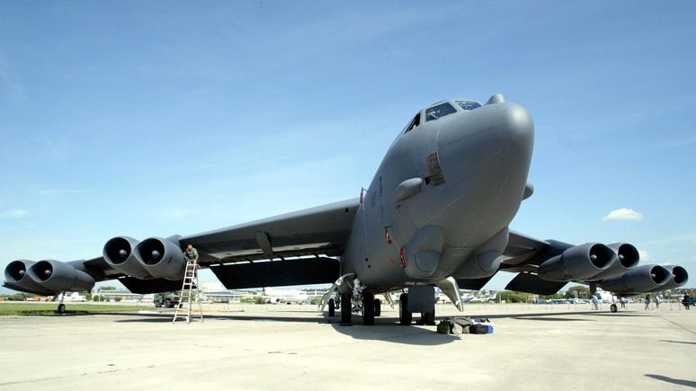 CNN: тяжёлые американские бомбардировщики примут участие в манёврах НАТО «на пороге России»