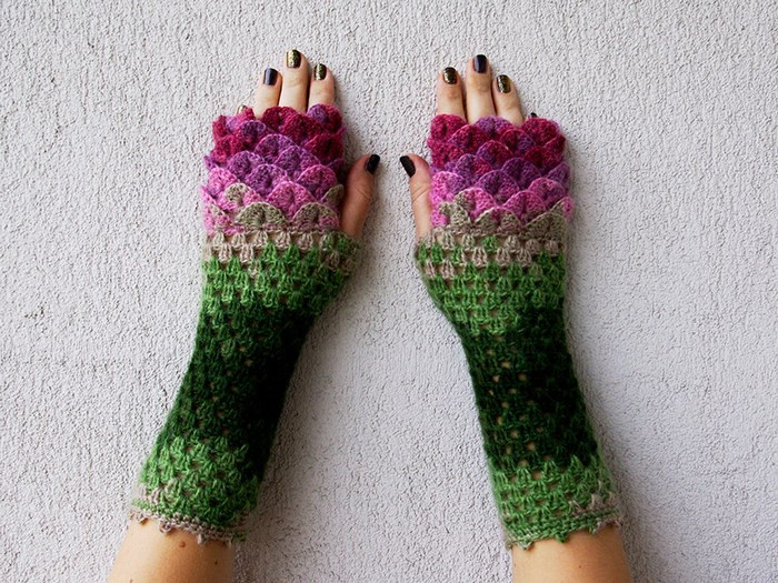 Русалочьи или драконьи перчатки