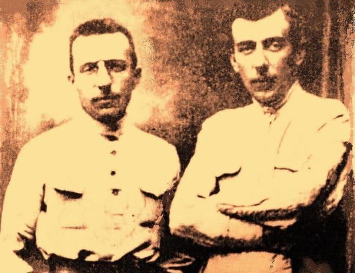 Братья Антон и Виталий Макаренко, август 1914 | Фото: kleinburd.ru