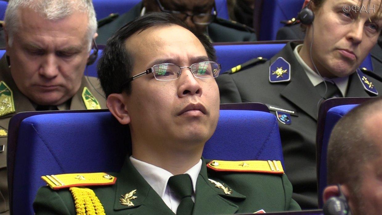 Более 100 министров обороны …