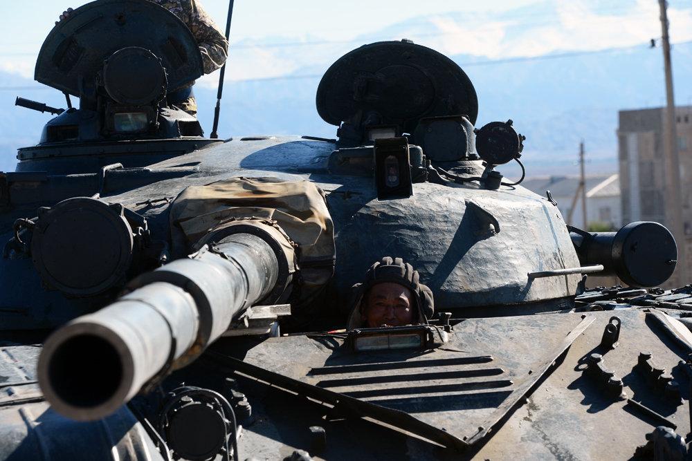 Танки Т-80 модернизируют для Арктики