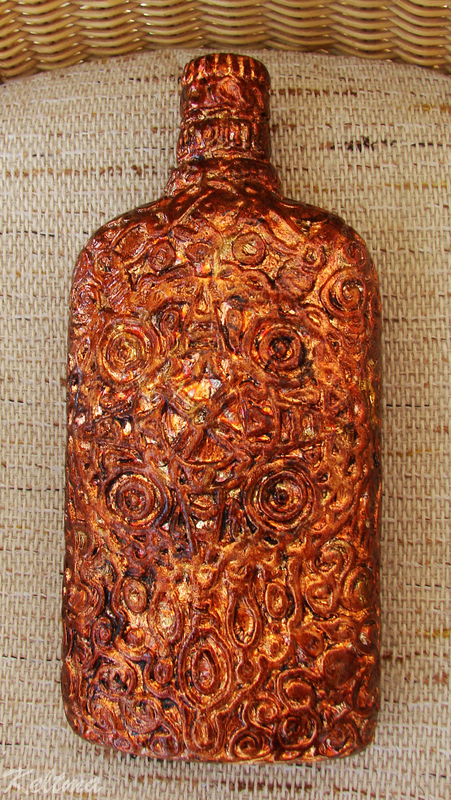 Декорирование бутылок шпатлевкой