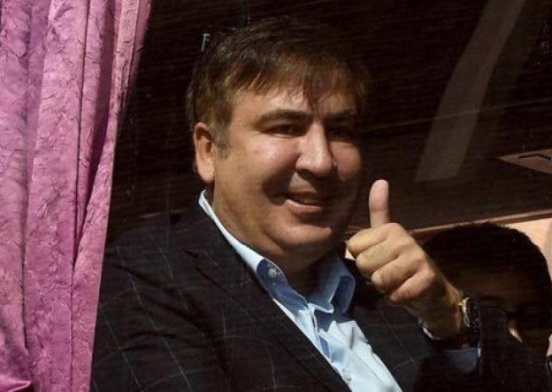 Договорняк Порошенко – Саакашвили неоколонизации Украины не мешает