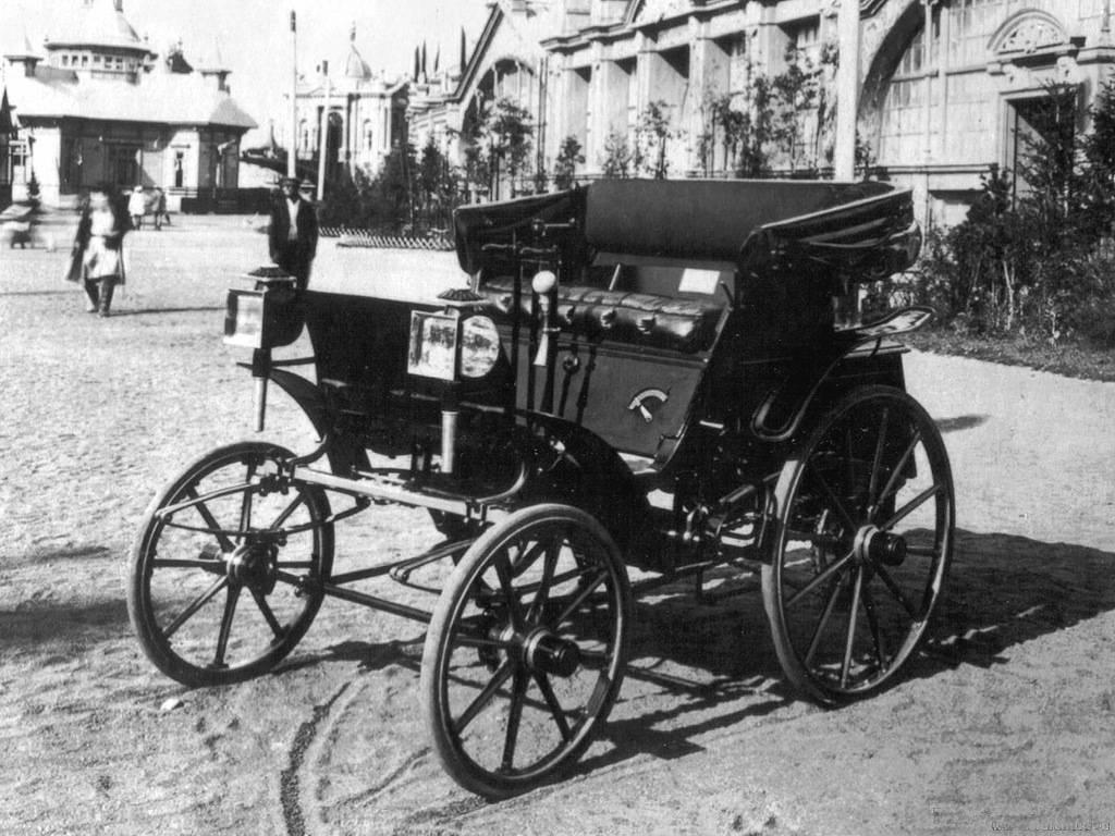 Первый российский автомобиль сделали 120 лет назад, но царь его не заметил