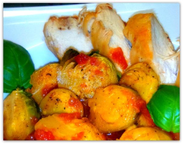 Брюссельская капуста в томатно-винном соусе