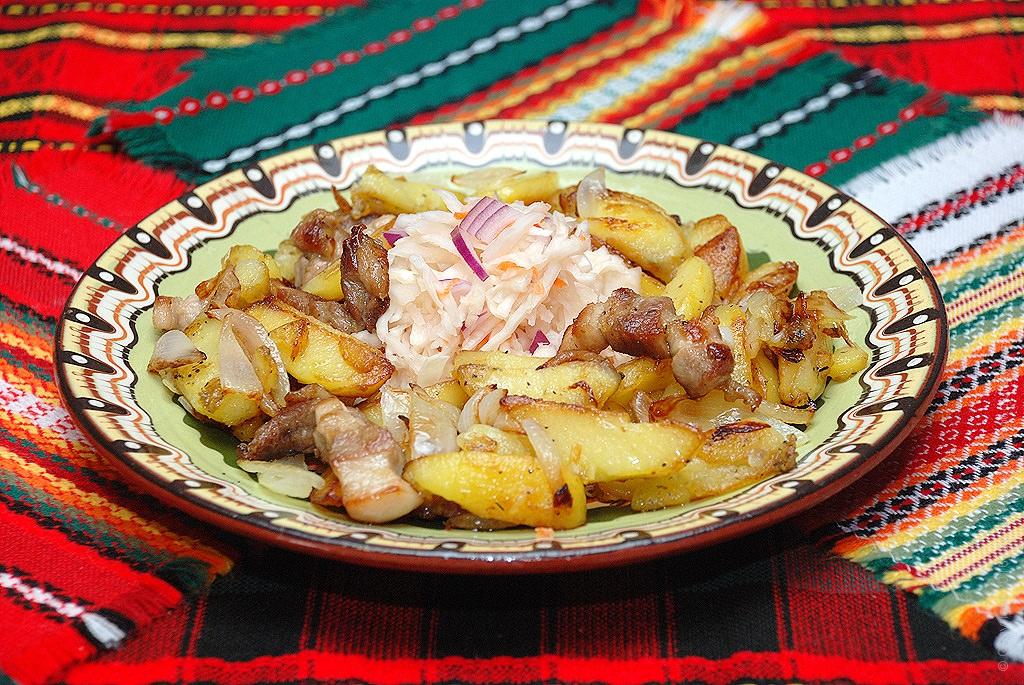 Картошка жареная на сковороде