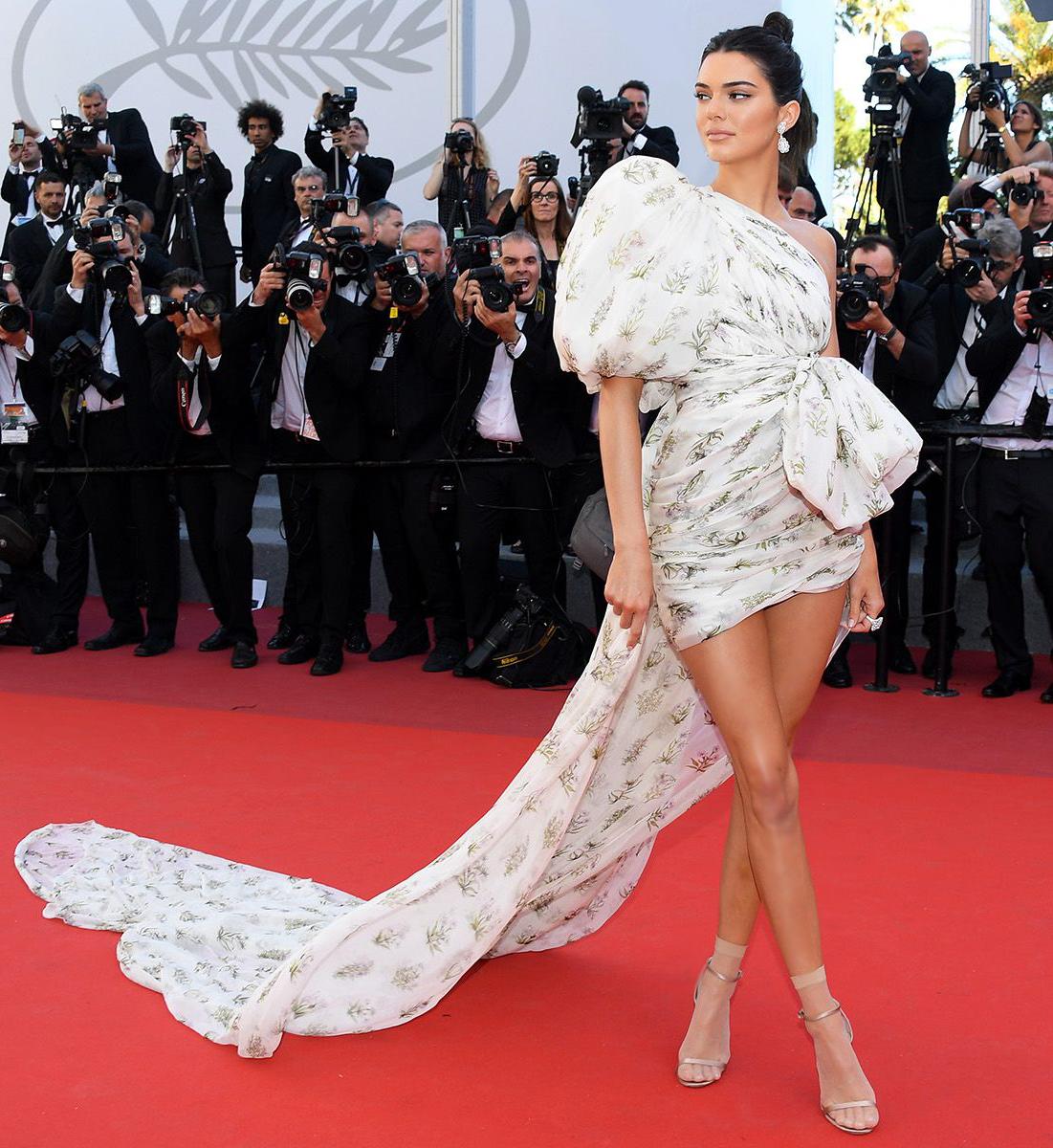 Самые красивые платья Кендалл Дженнер