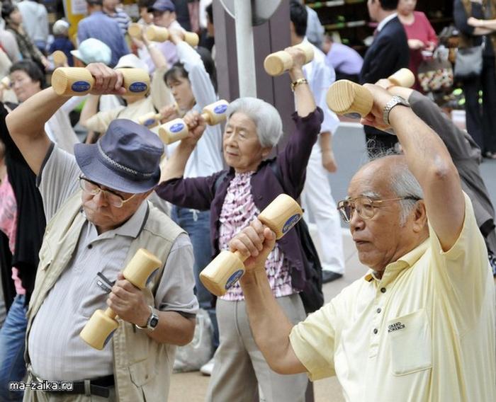 Япония - страна, где старится одно удовольствие.
