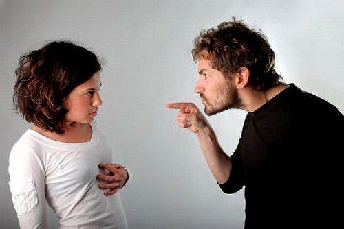 Чем ответить на мужские претензии?