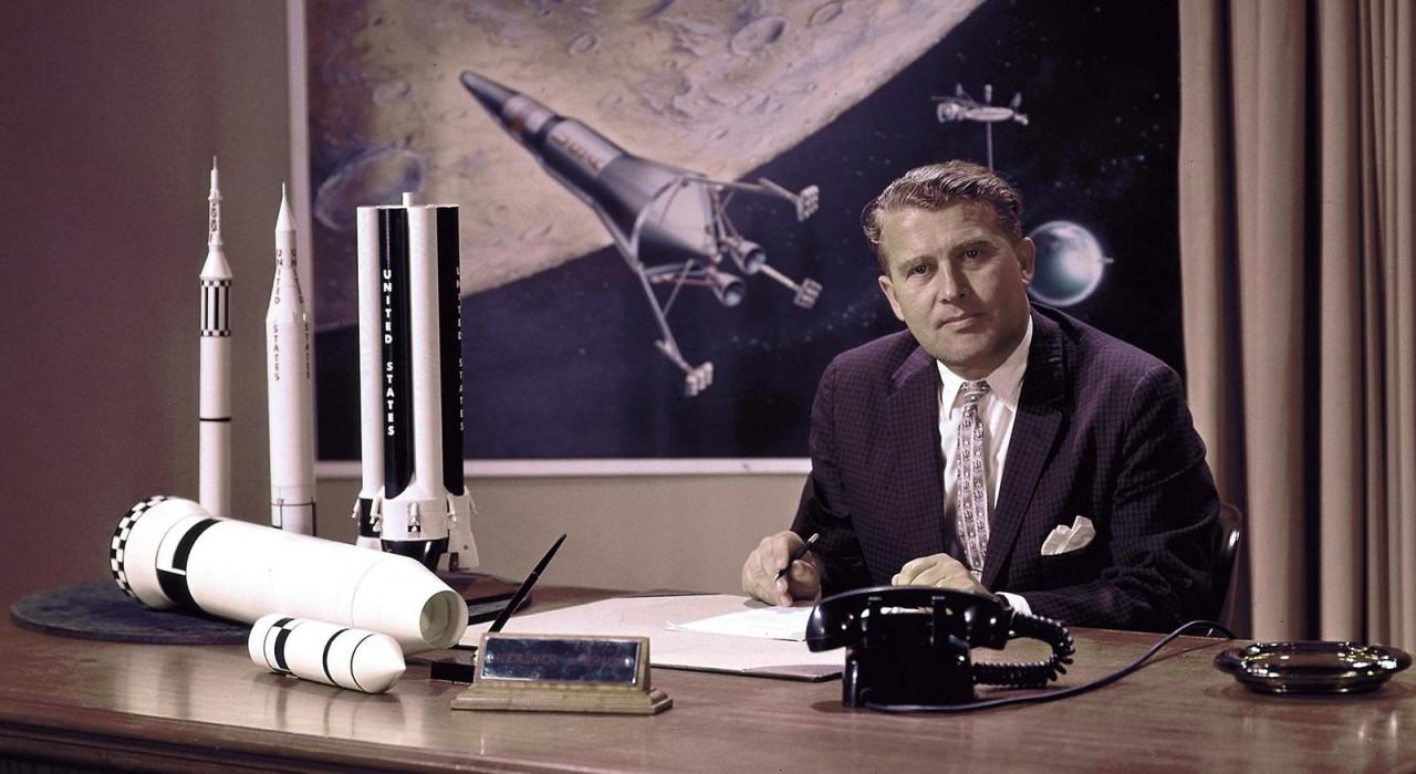 Бумажный космос Вернера фон Брауна