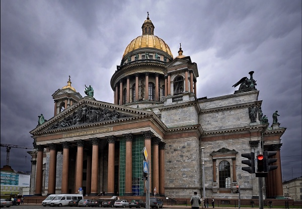 Референдум поИсаакиевскому собору отложили доосени