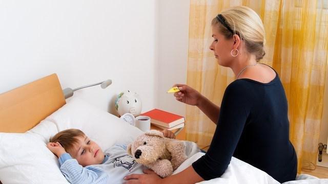 Ребенок болеет, а папа на корпоративе?