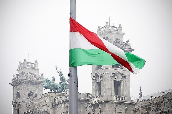 Венгрия намерена продолжать ветировать вступление Украины в НАТО