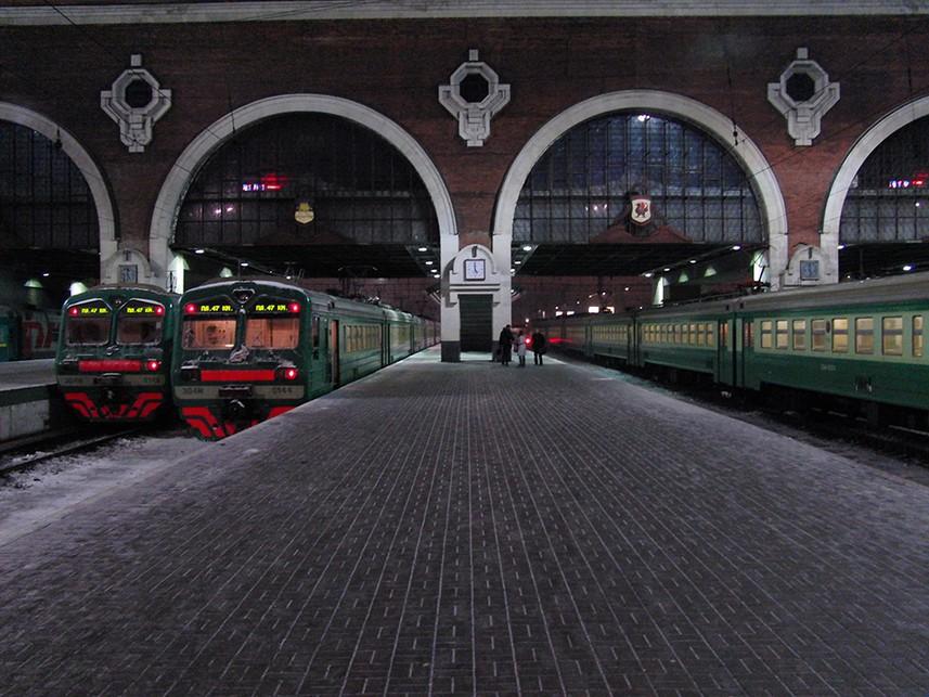 Ярославский вокзал в столице России эвакуируют после сообщения обугрозе взрыва
