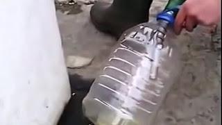 Почему запрещают заливать бензин в пластиковую тару на заправке