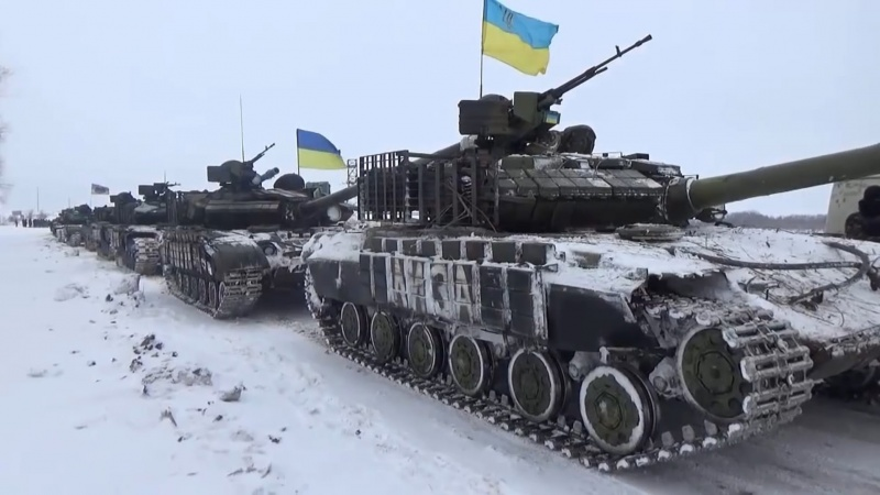 «Странная война» в Донбассе. Что хочет оказать Киев?
