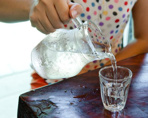 12 признаков того, что пора выпить стакан воды