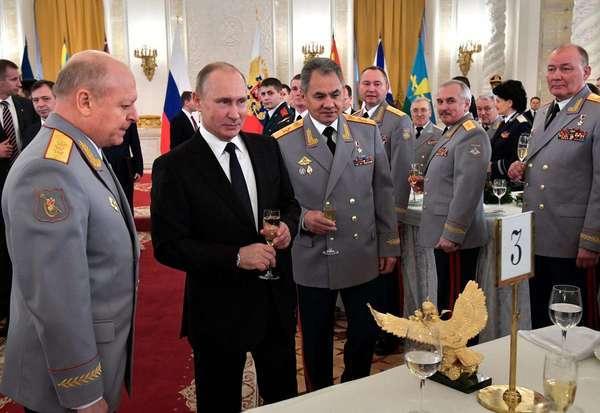 Военная истерия вокруг России опасна и непонятна