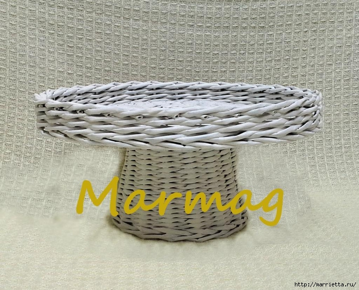 Плетение из газет. Идеи и мастер-класс на донышко плетенки (13) (700x565, 360Kb)