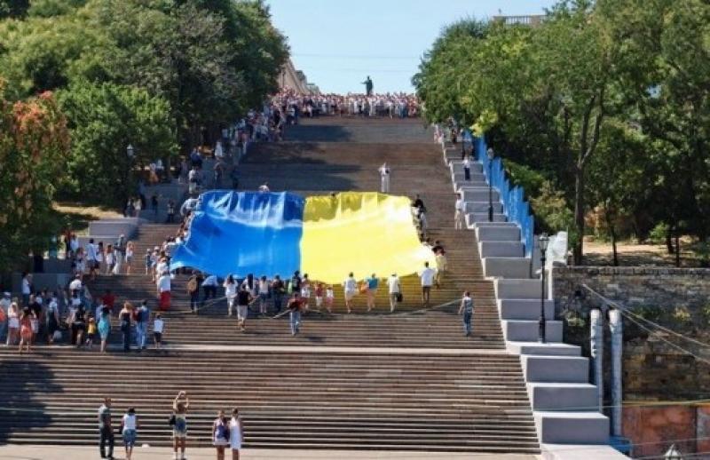 Одесский суд признал решение горсовета незаконным и повторно декоммунизировал улицы в городе
