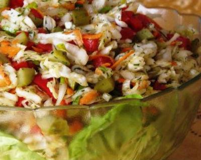Салаты из капусты на зиму в банках — самые вкусные семейные рецепты