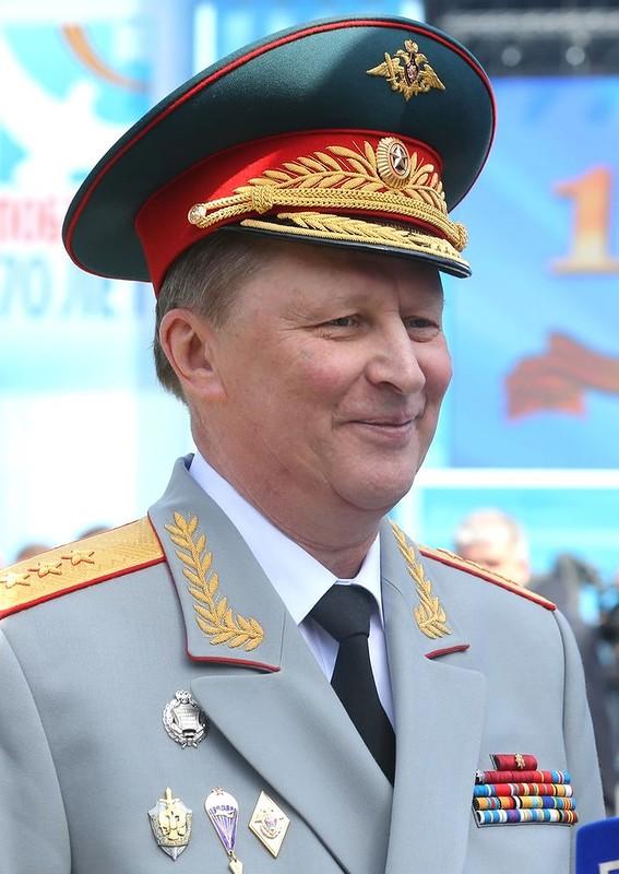Sergei_Ivanov_on_Victory_Day_Parade_9_May_2015.jpg