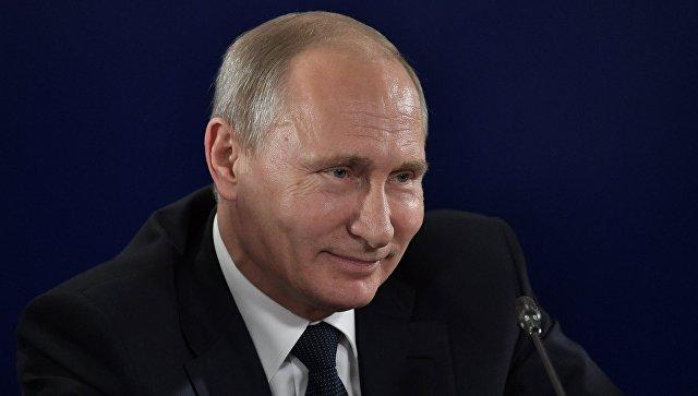 Путин пошутил про выборы президента в ответ на приглашение на юбилей ВГИК
