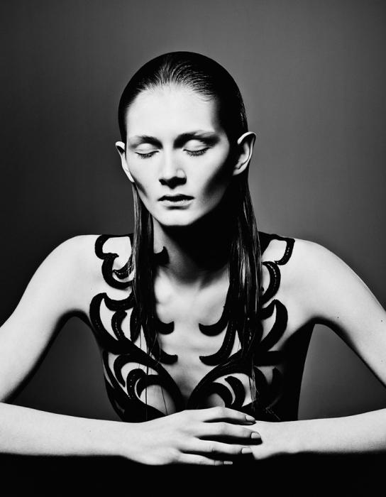Черно-белое... Модное фото от фотографа Елизаветы Породиной (Elizaveta Porodina).