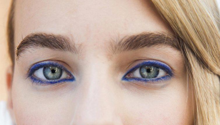 Ошибки в макияже, которые делают глаза меньше