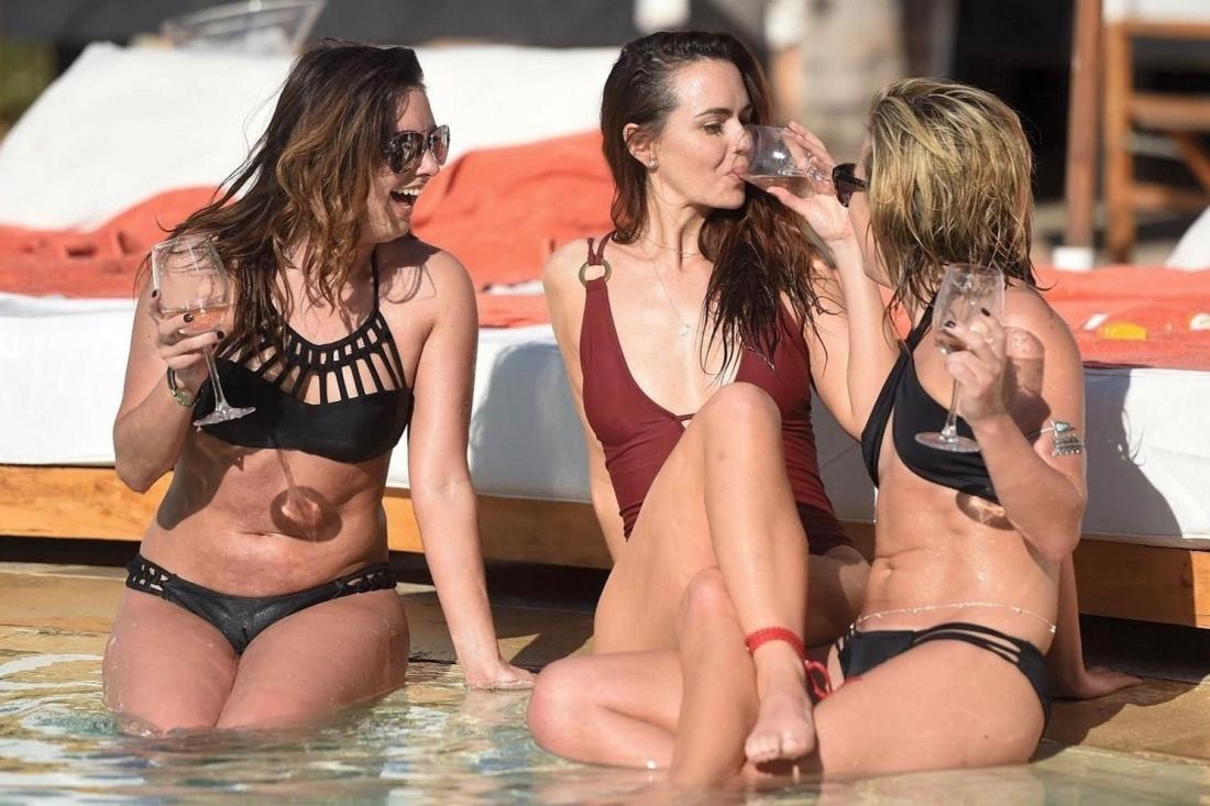 Фото голых полненьких женщин