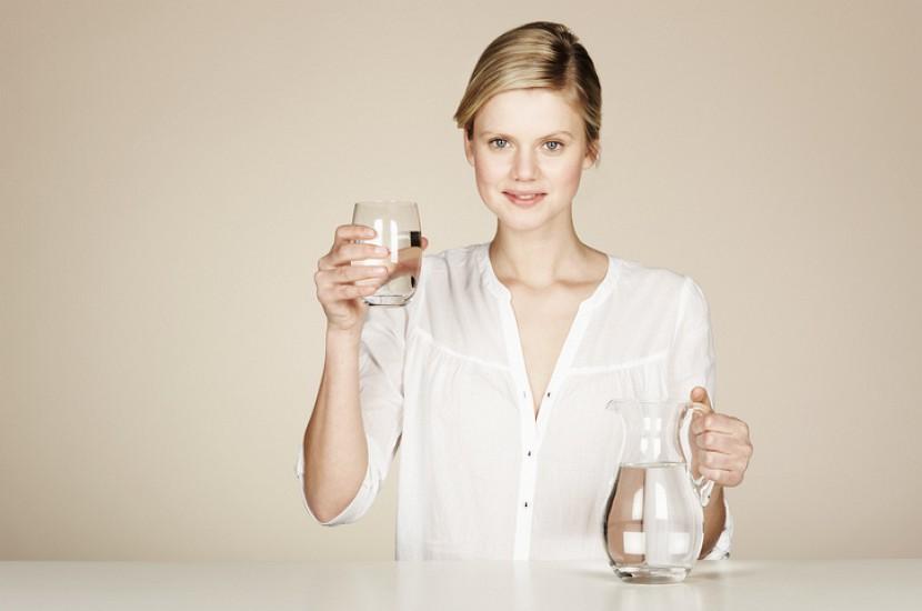 Почему следует пить воду, начиная прямо сейчас