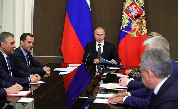 Путин обсудил на заседании Совбеза РФ удар США по Сирии