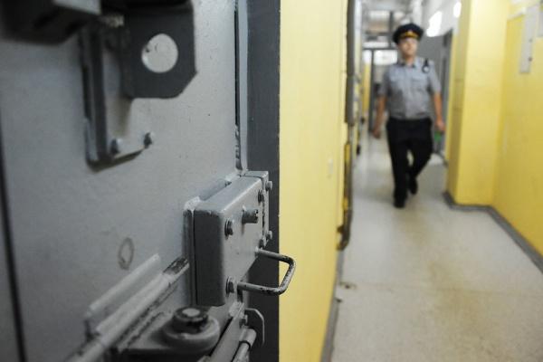 СМИ: Бывшего менеджера «Роскосмоса» закололи втюремной камере