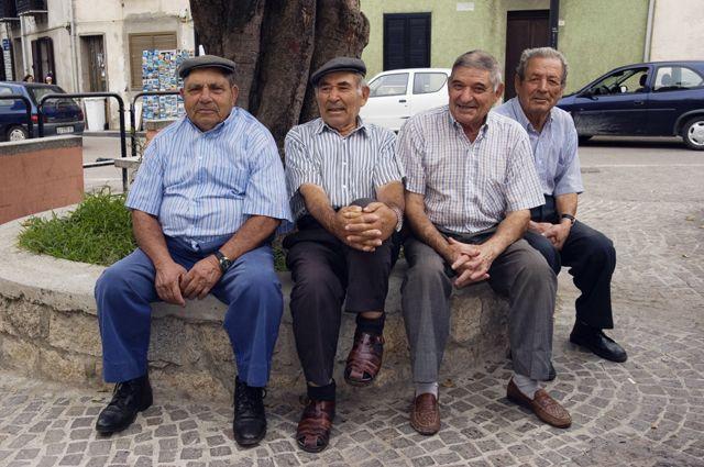 Меню на 100 лет. Питание и правила жизни долгожителей