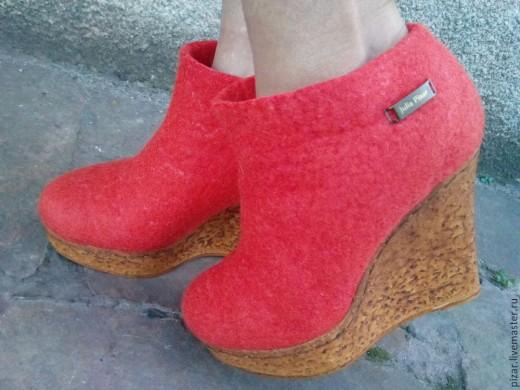 Валяем весенние ботильоны… Делаем себе самую стильную обувь сами!