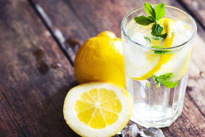 вода с лимоном по утрам