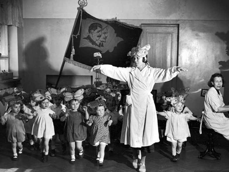 Про советский детский сад
