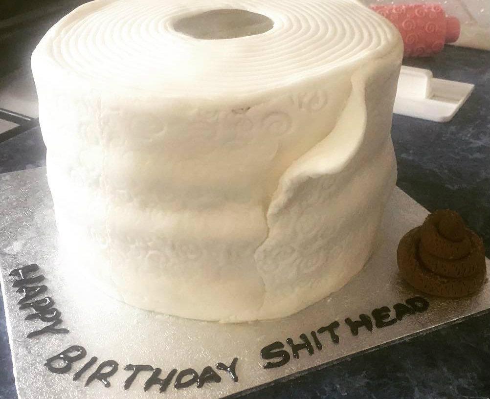 Сладости-гадости: брутально честные тортики, придуманные, чтобы налопаться с горя