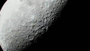 Ученые установили, что воды на Луне в 100 раз больше, чем считалось