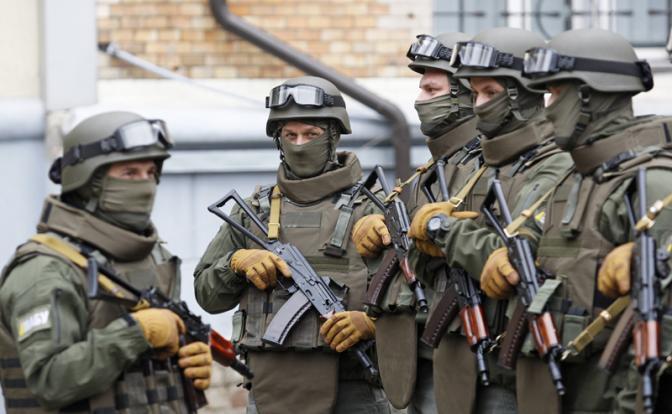 Киев бросает вызов США и толкает страну к войне