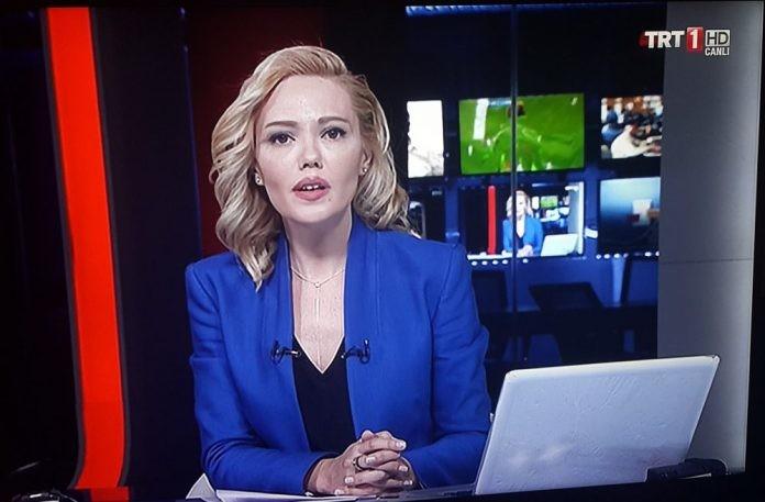 Очаровательные дикторы новостей