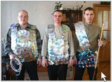 То, что сделала эта семья при помощи старых компакт-дисков поразительно!