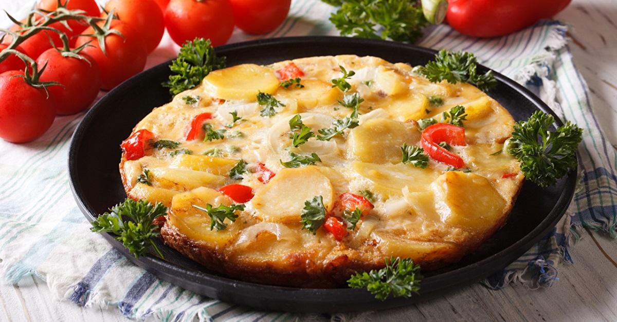 Бесподобный пирог из 4 картофелин готовлю прямо на сковороде, духовка не понадобится!