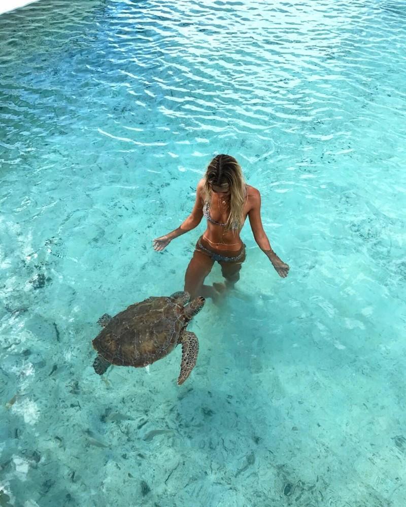 Студентка, которая путешествует по миру, чтобы сфотографироваться с невероятными морскими существами