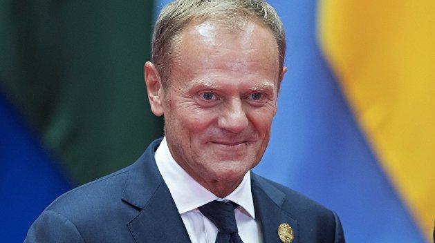 Туск: Польша должна стать опекуном для Украины