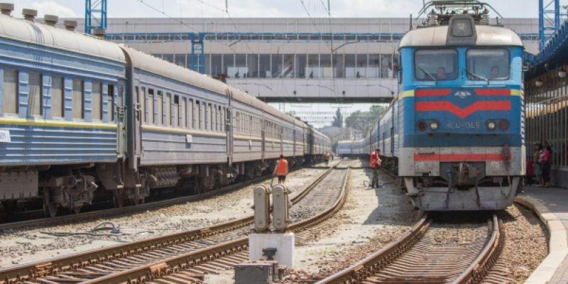 Отпрекращения железнодорожного сообщения сРФпострадают украинцы, — сенатор